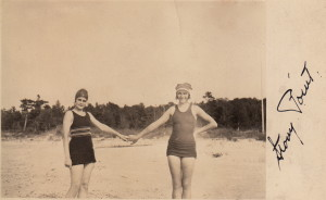 1925 Fritzie & Gretchen at Stony Point, ONT_2